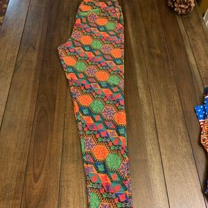EUC LuLaRoe Blue, Orange, Red, Green Leggings